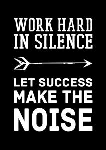 Bildverkstad Work hard in silence - White